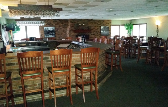 Macomb Country Club :: Where families play together